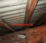 Überdeckte Wellplatten mit hoher Wahrscheinlichkeit mit  einer Asbestbelastung