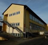 Sanierungskontrolle eines Schimmelbefalls mittels Raumluftmessung in einer Grundschule im Sauerland