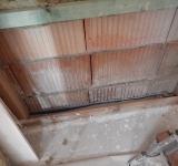 Aufnahme eines Feuchtigkeitsschadens als Baugutachter in Büren