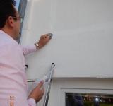 Beurteilung eines Feuchteschadens mit Wassereindringprüfung im Kreis Lippstadt, als Bausachverständiger für Lippstadt und Paderborn